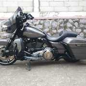 Harley Davidson Streat Glide 2014 Spesial (23676831) di Kab. Bogor