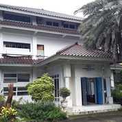 Gedung Perkantoran Di Lenteng Agung, Jakarta Selatan (23680847) di Kota Depok