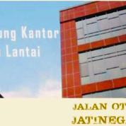 Gedung Perkantoran 5 Lantai Di Jalan Otista Jakarta Timur (23682123) di Kota Jakarta Timur