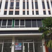 Disewa 3 Lantai Ruko Grand Boulevard Citra Raya Hadap Timur