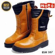 Sepatu Safety Boots / Sepatu Proyek / Sepatu Kerja Lapangan / Sepatu Dinas (23712987) di Kota Bandung
