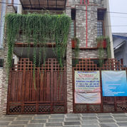 Rumah Baru 2 Lantai Modern Living Full Furnished Tinggal Bawa Koper Di Taman Malaka Duren Sawit
