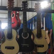 Gitar Akustik Kecil Yamaha Custom.. Murmer..