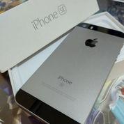 Iphone SE 16GB Black Grey (MATOT) (SECOND/BEKAS)