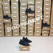 Adidas Yeezy Boost 350 V2 Black/Triple Black/Pirate Black -Hitam 41