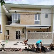 Rumah New Minimalis 2 Lantai Manyar Kertoadi (23807923) di Kota Surabaya
