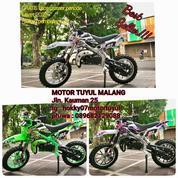 Gratis Kaos Crosser Medium Trail 50cc Best Seller Hokky Malkot (23818927) di Kota Malang