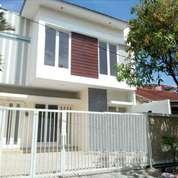 Brand New Modern Minimalist House At Sutorejo Timur 2FLOOR SHM Under 2M