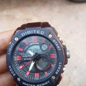 Jam Digitec,Pemakaiyan 2 Bulan Barang Dijam Minat Hubungi 081261522479in Mulus (23848983) di Kota Pekanbaru