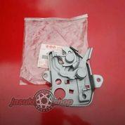 Kunci Kap Mesin Suzuki Jimny Katana SGP Japan (23892439) di Kab. Bandung