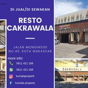 RESTO CAKRAWALA YANG MENAWAN (23900031) di Kota Makassar