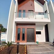 Rumah 2 Lantai Siap Huni Di Jatiwaringin Bekasi 1,1 Milyar (23966891) di Kota Jakarta Utara
