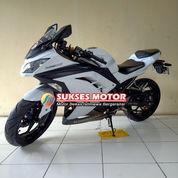 Kawasaki Ninja 250 Fi Tahun 2013 Putih Edition (23976131) di Kota Depok