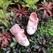 Hello Kitty Pink Sepatu Baby On Promo