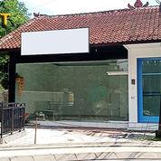 Ruko 1 Lantai Lokasi Komersil Di Jl. Drupadi Seminyak (24054215) di Kab. Badung