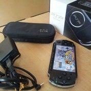 PSP Slim 3006 Piano Black /Mesin Segel SONY Mulus Lengkap