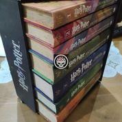 Novel Harry Potter Box Set Boxset Hard Cover Hardcover HC Original Gramedia 7 Buku Tamat (24069311) di Kab. Probolinggo