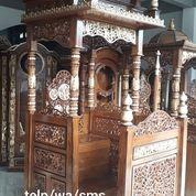 Mimbar Utama Masjid Jati Ukir