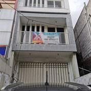 Ruko 3 Lantai Di Pinggir Raya Brigjen Katamso Waru Cocok Untuk Kantor (24257795) di Kab. Sidoarjo