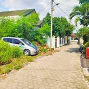 Tanah 300 Meter Jogja Kota Lingkungan Kost Kampus UST Kalimambu (24416575) di Kota Yogyakarta