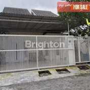 Rumah Cukup Luas Di Gunung Anyar Regency Terawat Dan Siap Huni (24429623) di Kota Surabaya
