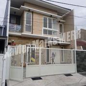 Rumah New Gress Babatan Pantai Timur