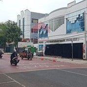 Bangunan Yang Berada Tengah Kota Bandung Lengkong Kecil (24457507) di Kota Bandung