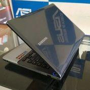 Samsung NP355V4X AMD A6 ( VGA AMD Radeon HD 7520G ) (24469615) di Kota Malang