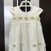 Dress Putih Renda Preloved