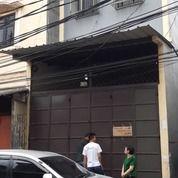 Rumah Kokoh Di Sawah Lio, Tambora! (24557483) di Kota Jakarta Barat