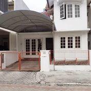 Rumah Villa Valensia Lontar, Bangunan Bagus Terawat (24812147) di Kota Surabaya