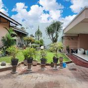 Rumah Besar Bagus 715 M2, Full Furnish, Tengah Kota Surakarta (25075467) di Kota Surakarta