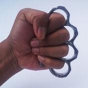 Knuckle Metal (Alat Tonjokan)