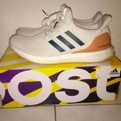 adidas Ultra Boost 4.0 Show Your Stripes Cloud White - US size 9