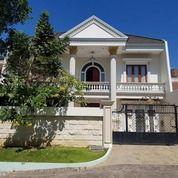 Rumah Klasik Modern @Pakuwon City Riviera, Row Mobil Luas (25131955) di Kota Surabaya
