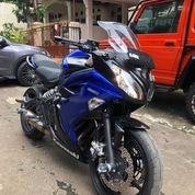 Kawasaki ER6F Warna Biru Metalik