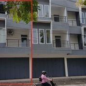 Ruko 3 Lantai Baru 225 M2 Tepi Jalan Dr Cipto, Sriwedari, Surakarta (25386271) di Kota Surakarta