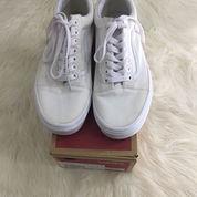 Vans Old Skool True White - US size 7