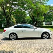 C250 COUPE AMG 2014 White On Red Full Opt 25k Miles #W204 (25447735) di Kota Surabaya