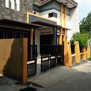 Rumah Di Limo, 2Lt, Non Cluster, Akses Jalan Lebar (25463767) di Kota Depok