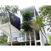 Villa Cantik Nan Modern, Diatas Bukit, View Bandung City Light, Dago