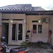 Rumah Lama Terawat Deket Stasiun Lenteng Agung/Tj Barat (25537311) di Kota Jakarta Selatan