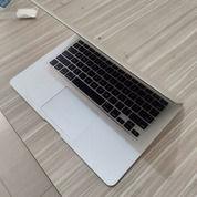 Macbook Air Mid 2012 (25640299) di Kota Medan