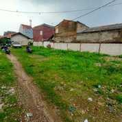 Tanah Di Jatiasih Bekasi Timur,Luas 700m2+Kontrakan 3 Pintu+Lokasi Depan Pasar Jatiasih (25665699) di Kota Bekasi