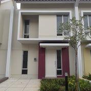 Sewakan Rumah 2 Lantai Minmalis Carillo Residence 8 Gading Serpong (25681031) di Kab. Tangerang