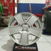 Velg Mobil Ertiga BRV Innova KWOOR JD807 HSR Ring 17 Lubang 5 PCD 5x114,3 (25689775) di Kota Semarang