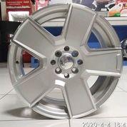 Velg Mobil R17 Murah KWOOR JD807 HSR Ring 17 Lebar 7 Inci (Limited) (25689779) di Kota Semarang