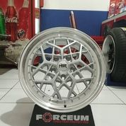 Velg Mobil Ertiga BRV HRV HSR MYTH06 Ring 17 Lebar 75 Inci (Baru) (25690471) di Kota Semarang
