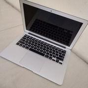 Macbook Air Mid 2012 Core I5 (25694747) di Kota Medan