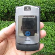 Hape Jadul Motorola V3i RAZR V3i Seken Mulus Kolektor Item (25699679) di Kota Jakarta Pusat